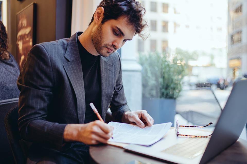 اهمیت ایجاد یک نهاد تجاری برای شرکت