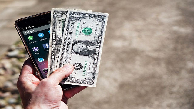 بررسی راهکارهای کسب درآمد ارزی از نرمافزارهای موبایل در جشنواره رسانههای دیجیتال