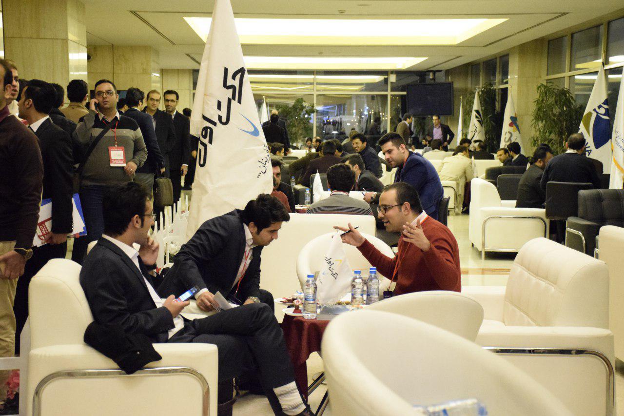 کافه سرمایه در یلدای کارآفرینان استارتاپی