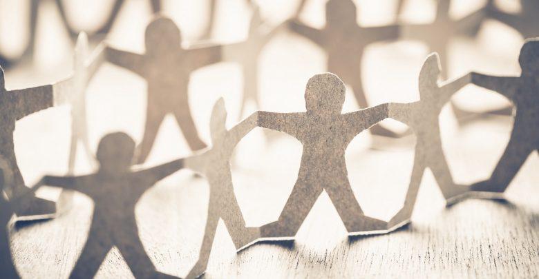 بررسی اقتصادی دلایل موفقیت پروژه های کراودفاندینگ