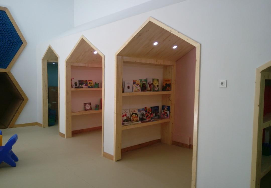 فضای کار اشتراکی شادمانا (مخصوص مادران) در مرکز نوآوری مانا