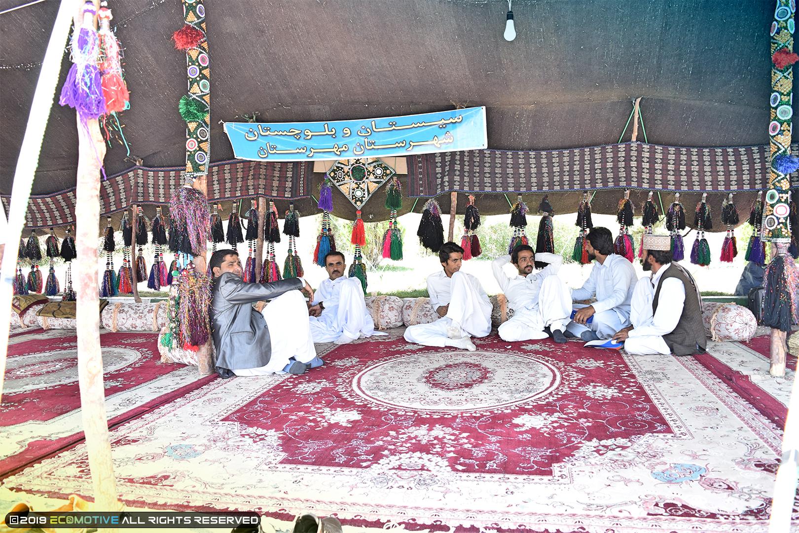 سیاه چادر استان سیستان و بلوچستان در نمایشگاه توانمندیهای روستاییان و عشایر