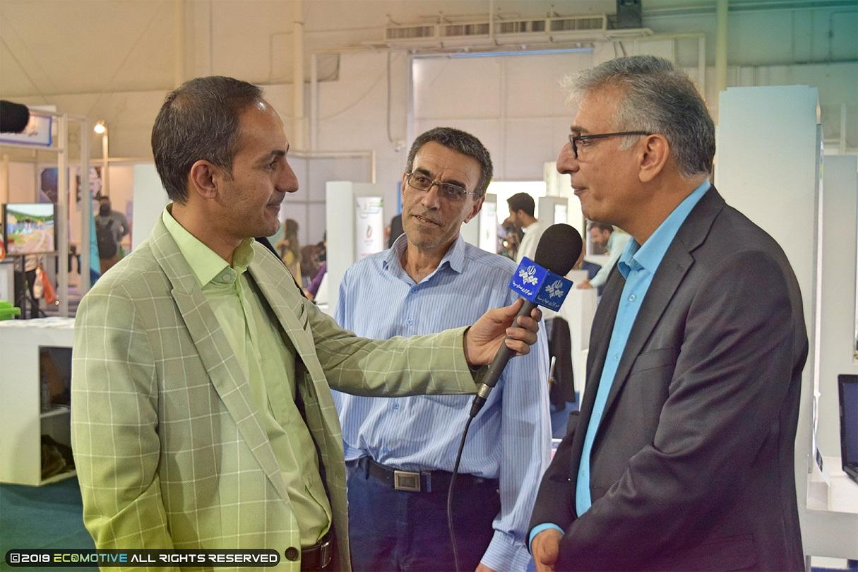 حضور نماینده وزارت کار و رفاه اجتماعی در اقوام محلی در نمایشگاه توانمندی های روستایی و عشایری
