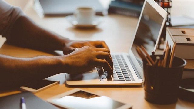 عرضه پلتفرمی برای تجاری شدن ایده های حوزه دیجیتال