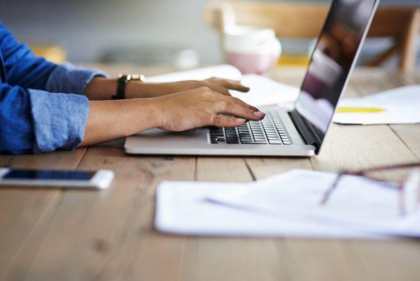 ضرورت انتقال میزبانی کسب و کار های اینترنتی به داخل کشور