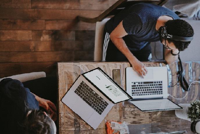 ۱۰ تیم استارت آپی در حوزه فناوری های همگرا توانمند می شوند