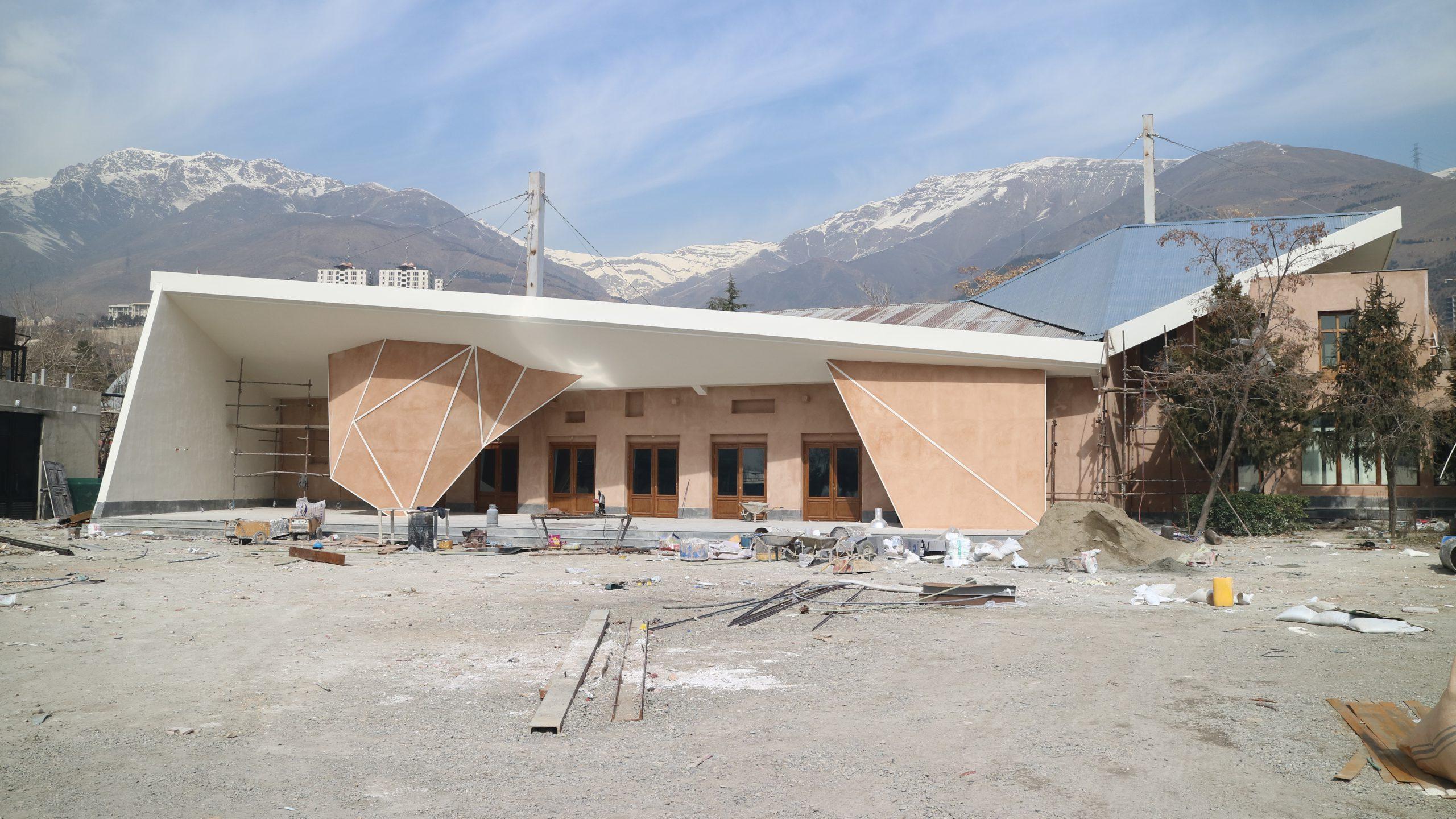 باهمستان، میزبان سکوی پرتاب زمستانی و رویداد نشانی