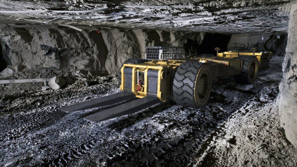 تکنولوژیها و ابزارهای معدن: رباتها، ماشینها و پهپادها