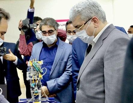 مدرسه نوآوری یزد با حضور معاون رئیس جمهور افتتاح شد