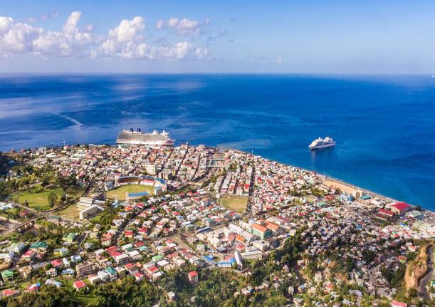 اخذ شهروندی دومینیکا