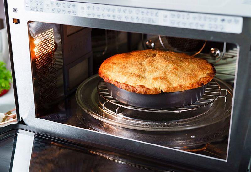 پخت کیک در مایکروفر