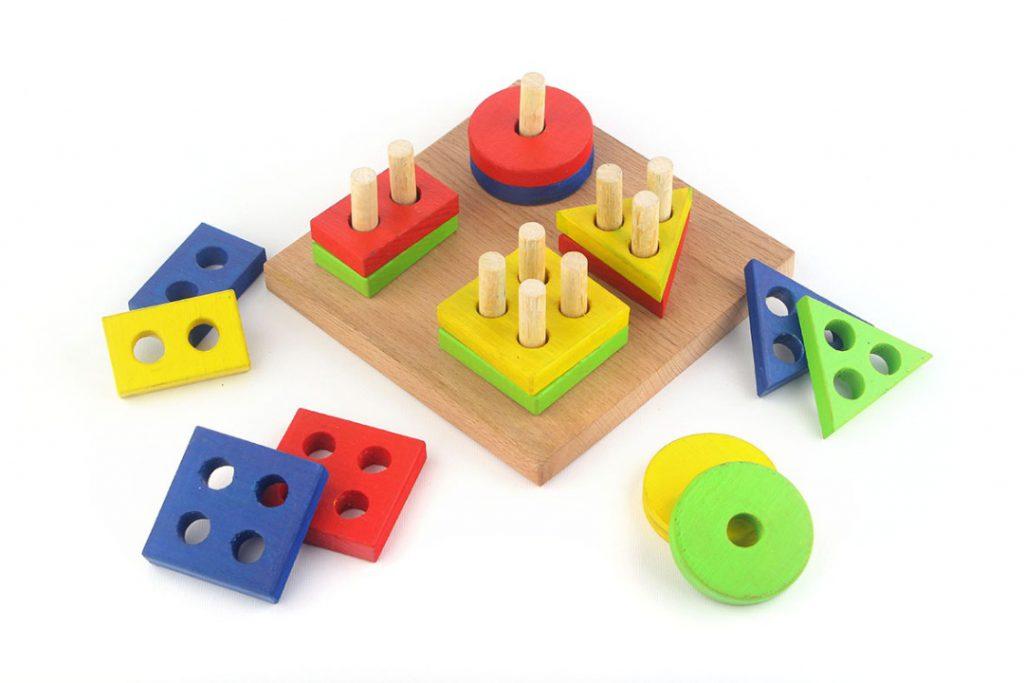 اسباب بازی های چوبی